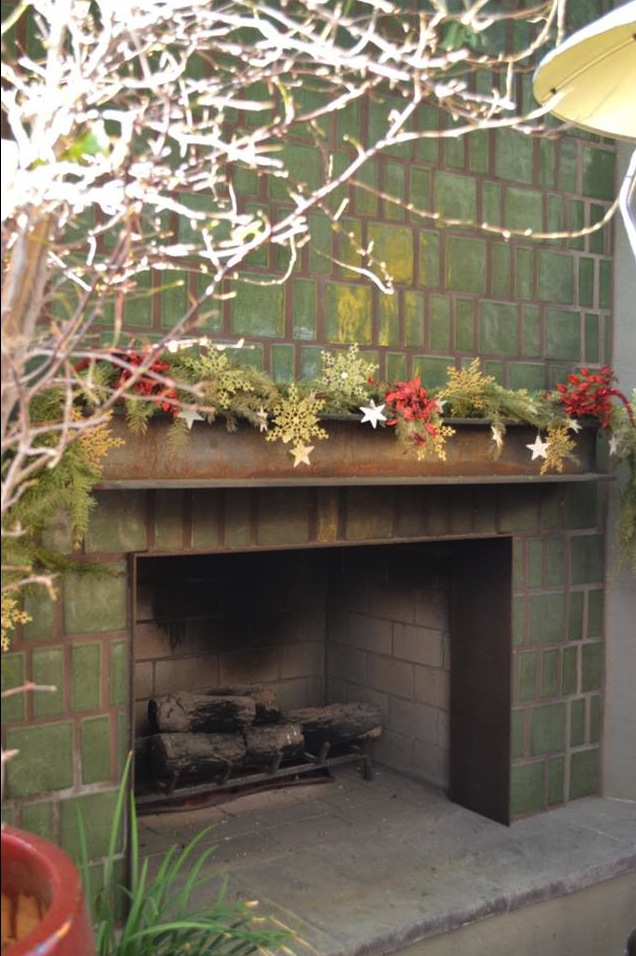 Positino Restaurant Fireplace – Celery Green